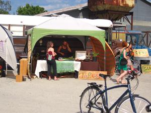 Orin selling organic food