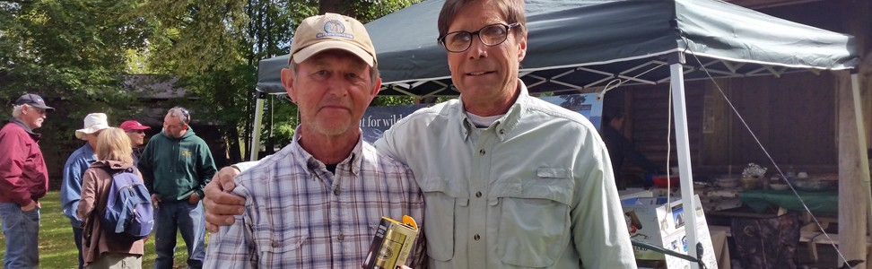 Brass Lantern Awarded to Sandy Compton
